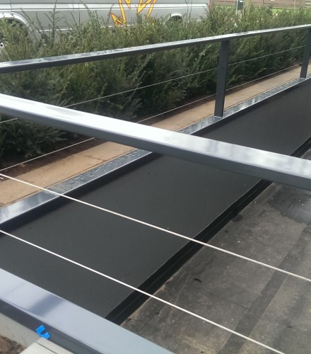 Balustrade met rvs kabel