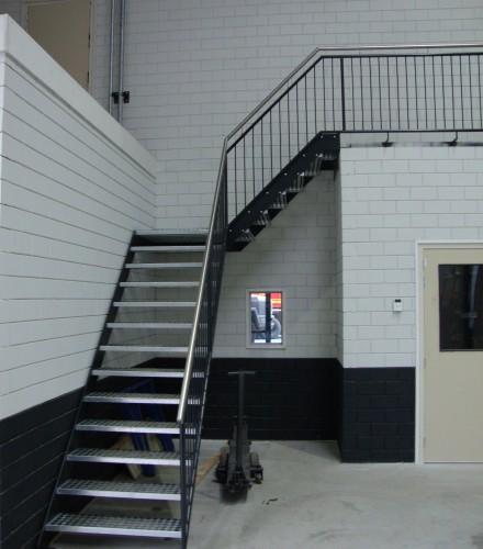 Trap balustrade met rvs leuning